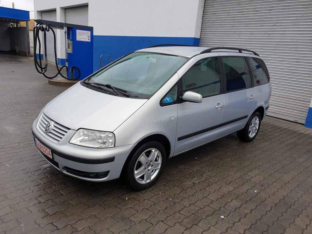 Pronájem vozidla VW Sharan